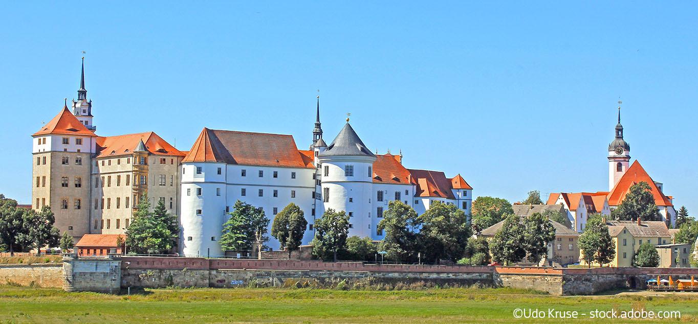 Frühling entlang der Elbe: Von Kiel  nach Dresden mit MS Junker Jörg