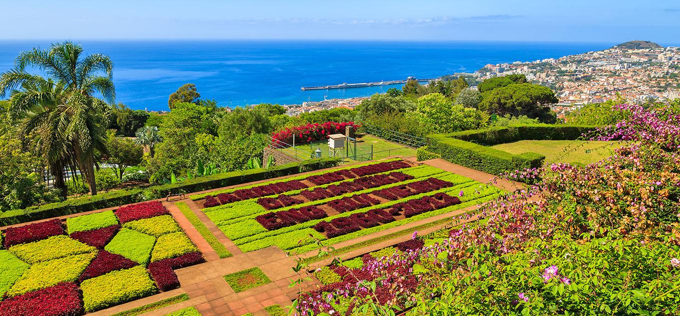 Madeira: Blick vom Botanischen Garten auf Funchal