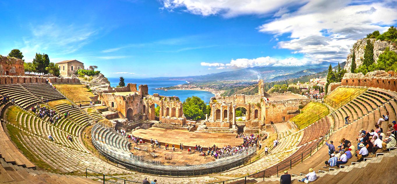 Das Freilichttheater in Taormina auf Sizilien